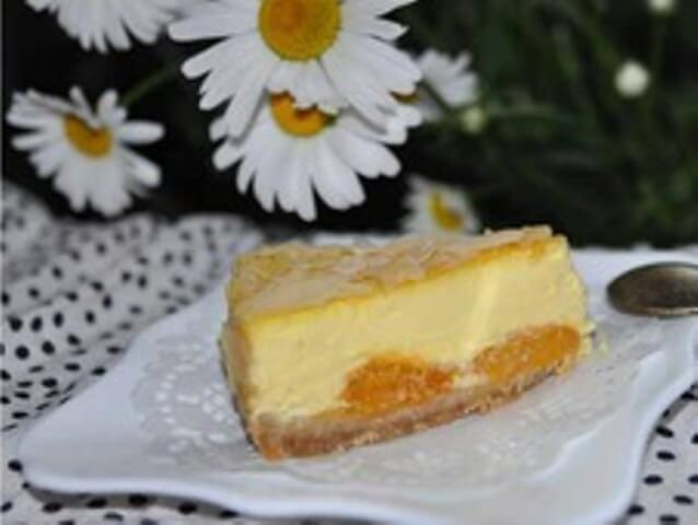Cheesecake with Caramel Apricots Photo 1