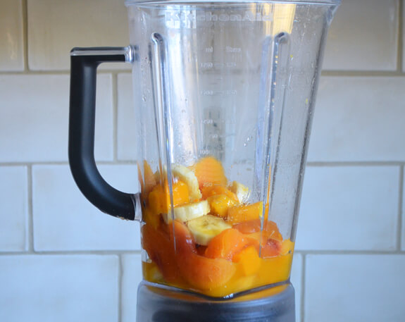 Peach Mango Smoothies Photo 3