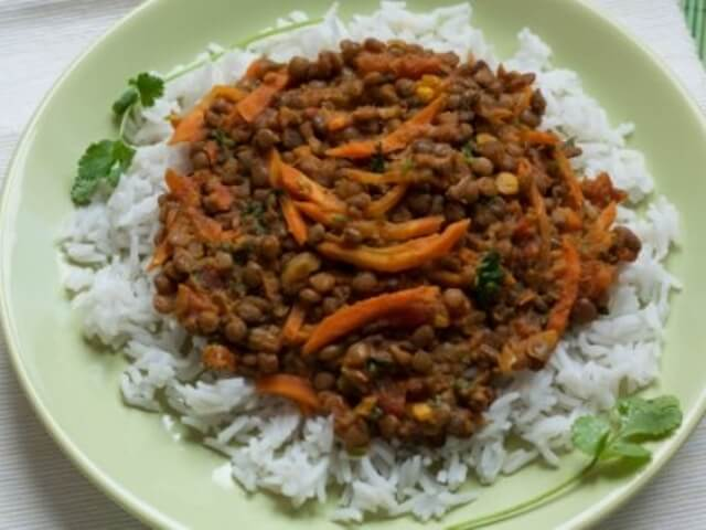 spiced lentils in tomato sauce