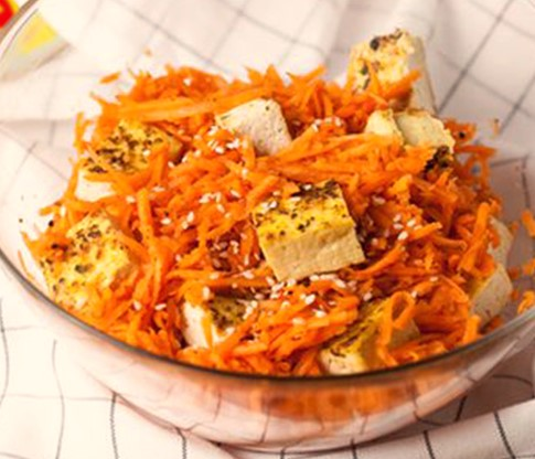 Japanese Carrot Salad with Tofu