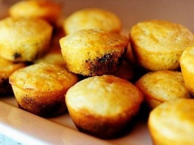 Corn Meal Mini Muffins with Dried Blueberries