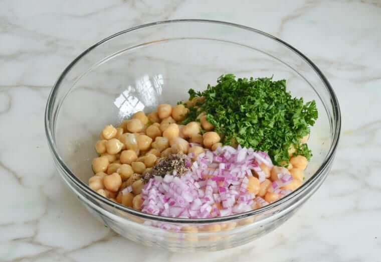 Chickpea & Red Onion Salad Photo 6