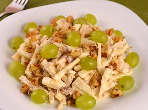 Healthy Celery and Apple Salad