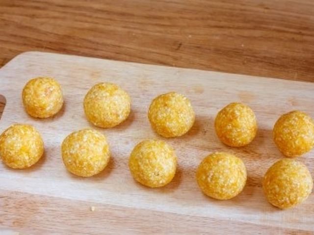 Vegan Apricot Truffles Photo 7