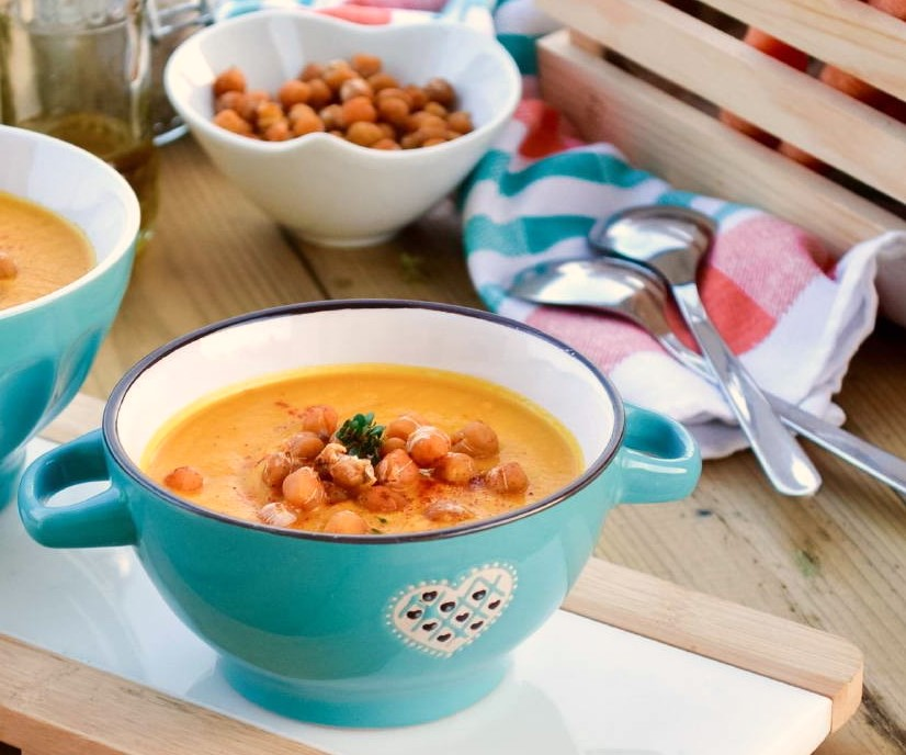 Healthy Carrot Chickpea Soup