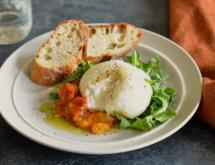 Burrata with Tomato Peach Jam