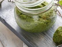 Best Pasta Sauce Recipe - Pesto with Pistachios