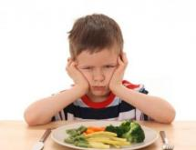 effective methods to encourage a child to eat well
