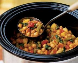 vegetable curry with chickpea in a crock pot