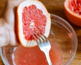 healthy grapefruit lemonade