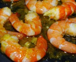 shrimps in the citrus glaze with orange sauce