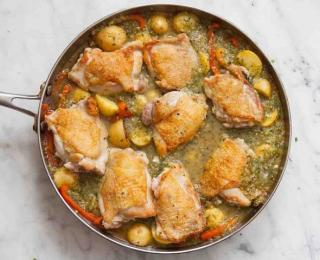 chicken stew with tomatillo sauce