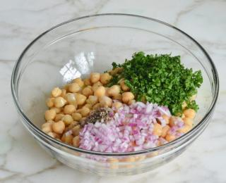 Step 5 - Chickpea & Red Onion Salad