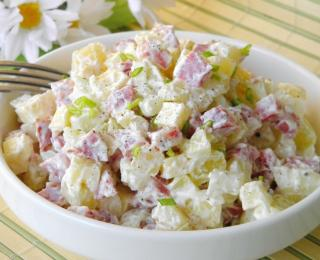 Potato Salad with Cheese