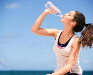 several tips how to stay healthy and be in safe during summer heat