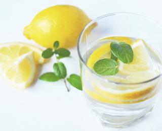 5 beauty uses of lemons