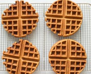 Step 5 - gingerbread waffles