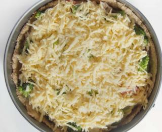 8 Healthy Quiche with Chicken and Vegetables