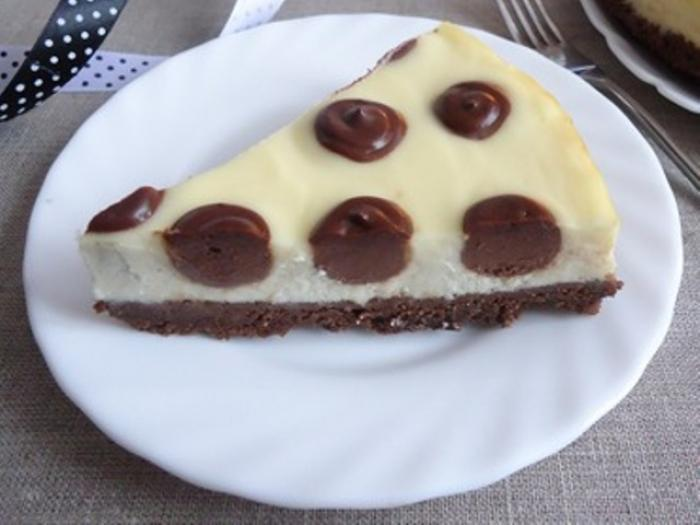 A Dotted Cheesecake