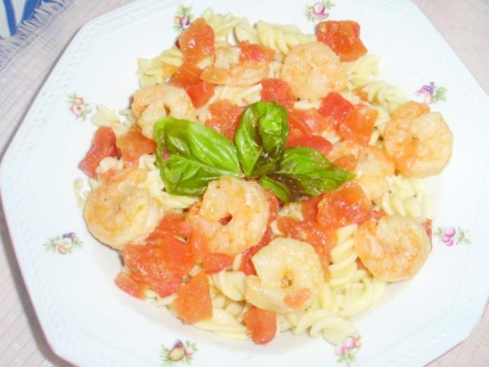Shrimps Baked in the Garlic and Tomato Sauce