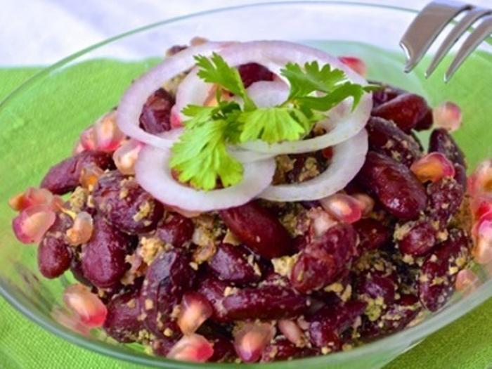 Bean Salad with Walnut Pesto Sauce
